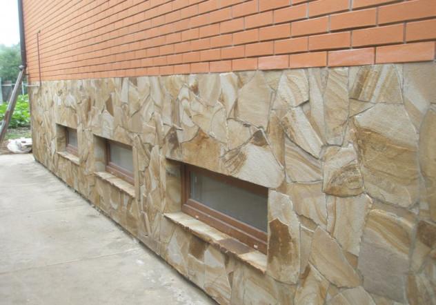 Сочетание различных видов облицовки на фасаде