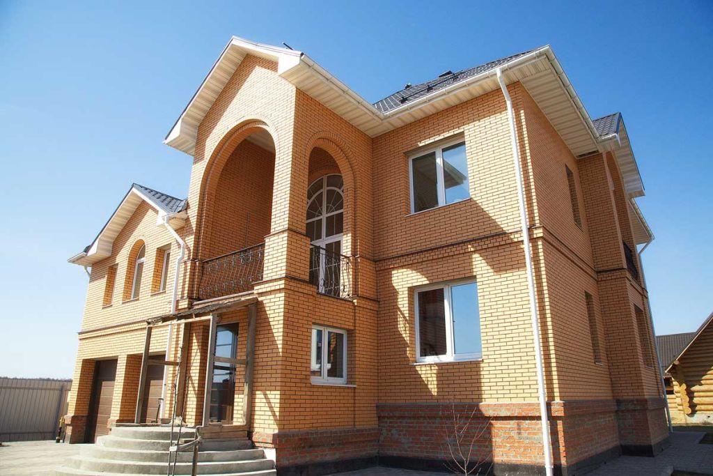 Кирпичный дом и его утепление