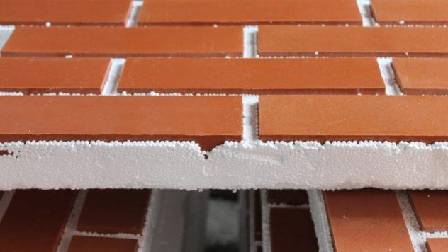 Элемент фасадной панели в
