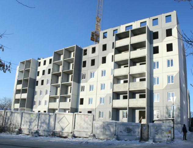 Строительство панельного дома и дальнейшее его утепление