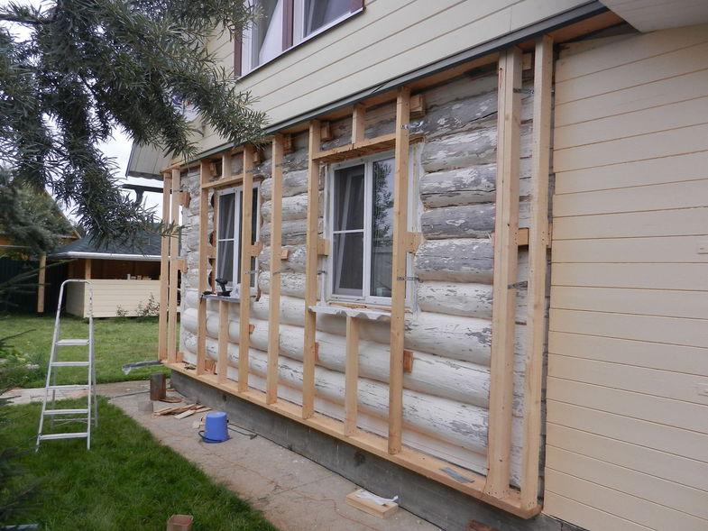 Пример облицовки фасада бревенчатого дома по технологии вентилируемого фасада