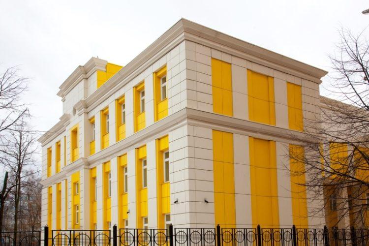 отделка университетского корпуса вентилируемым фасадом