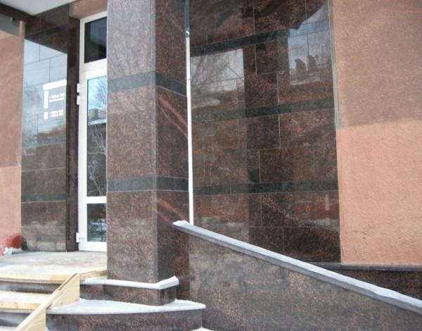 натуральный камень гранит для фасада