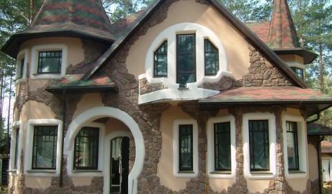 Пример фасада отделаного камнем