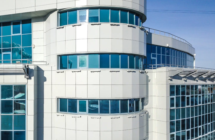 навесной фасад на здании в г. Уфа