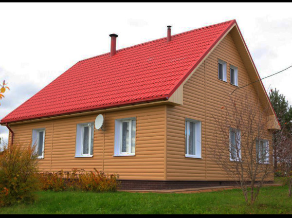 Металл хаус в качетсве облицовки дачного дома