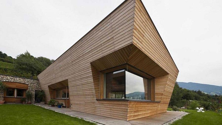 Дом с ассиметричной фасадной доской