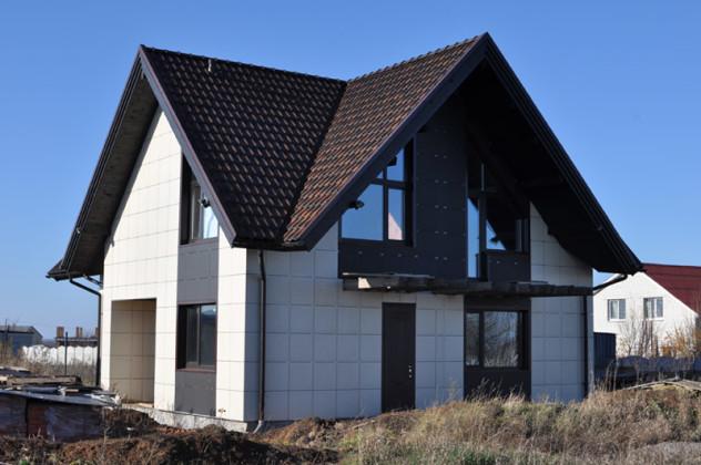 Дачный домик отделанный керамогранитом