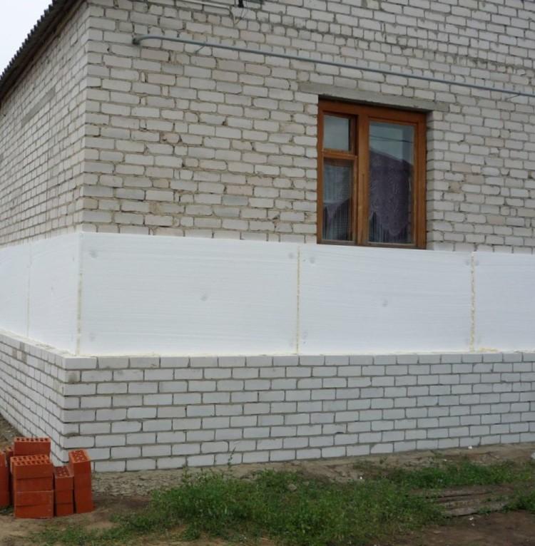 Отделка фасада облицовочным кирпичом