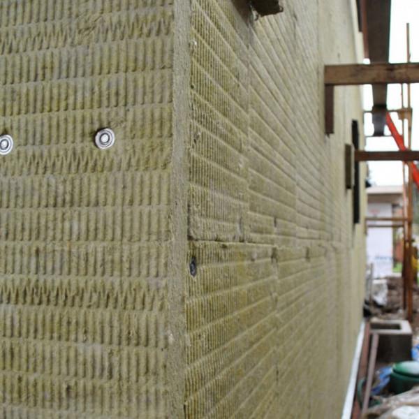 мокрый фасад с применением минеральной ваты