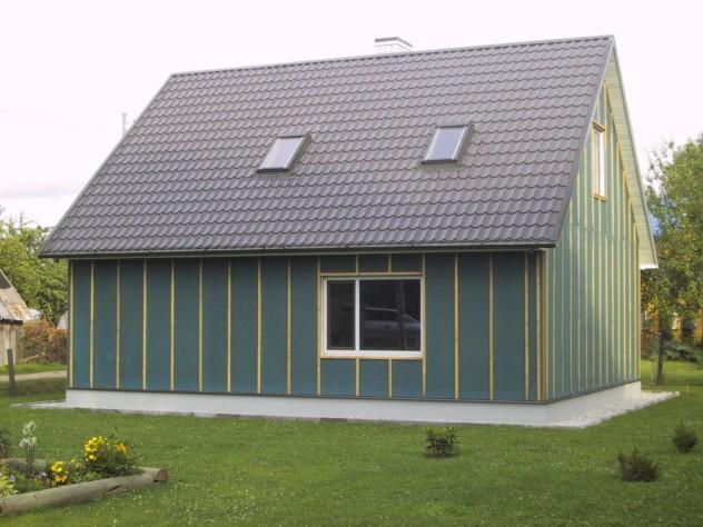 Обшивка деревянного дачного домика минватой