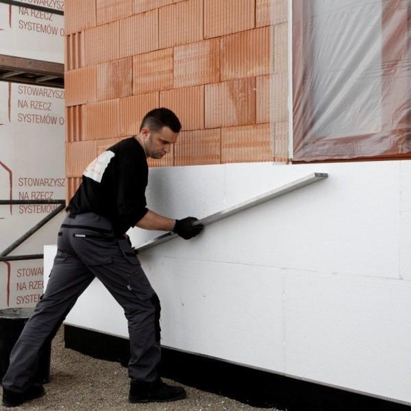 крепление утеплителя непосредственно на поверхность фасада с помощью клеевой смеси